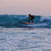 布吉島卡塔海灘來浪JOY SHOKUDO衝浪入門課程(2天)